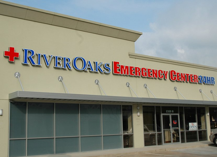 River Oaks Emergency Center